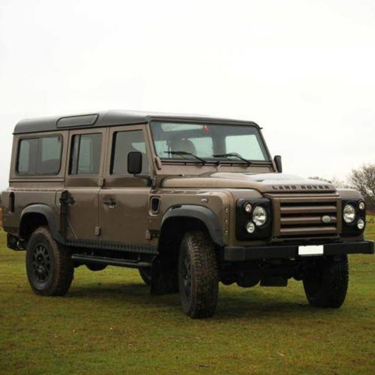 The Land Rover Defender Is Better With A Chevy Smallblock