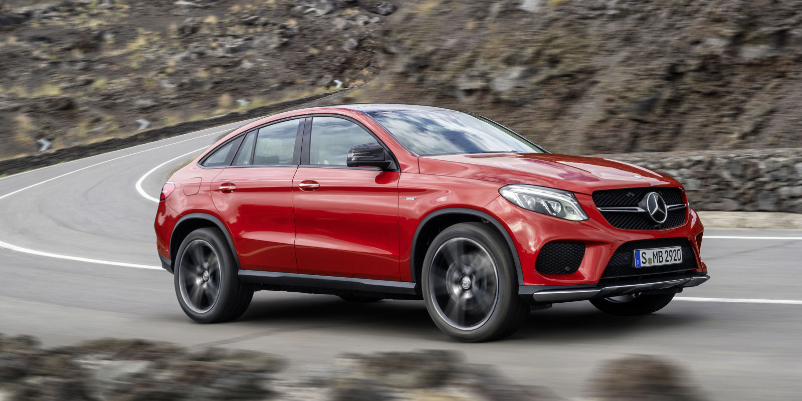 photos 2016 mercedes benz gle 450 amg 4matic coupe. Black Bedroom Furniture Sets. Home Design Ideas