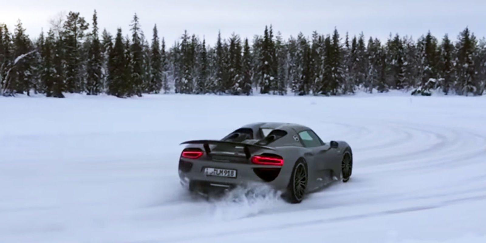 porsche 918 spyder ice drifting on a frozen lake. Black Bedroom Furniture Sets. Home Design Ideas