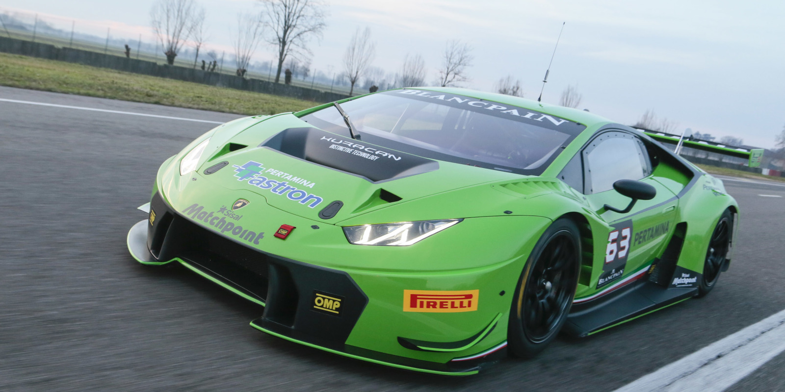 this lamborghini hurac n gt3 is ready to race. Black Bedroom Furniture Sets. Home Design Ideas