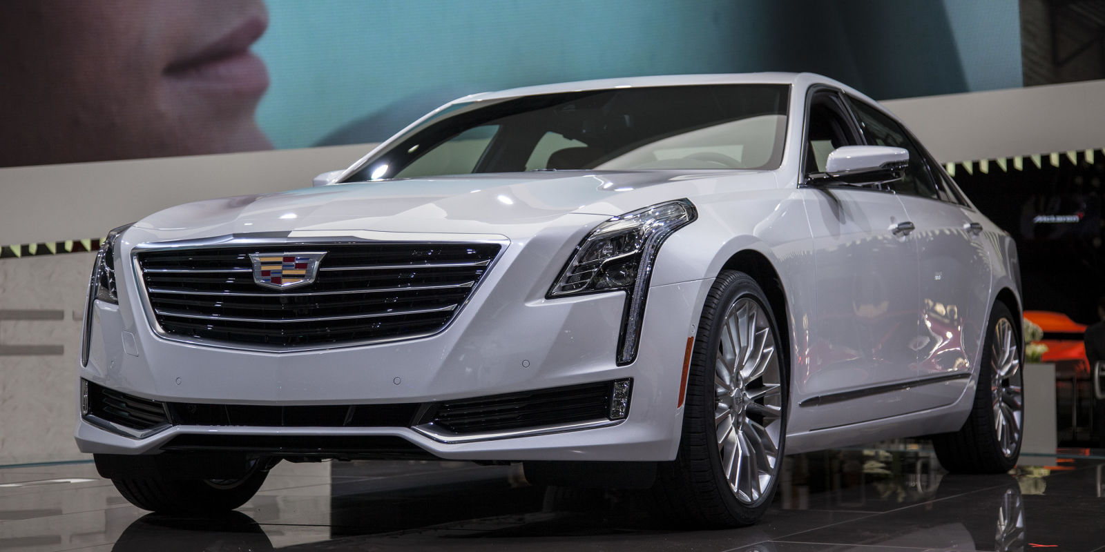 2016 cadillac ct6 live at nyias. Black Bedroom Furniture Sets. Home Design Ideas