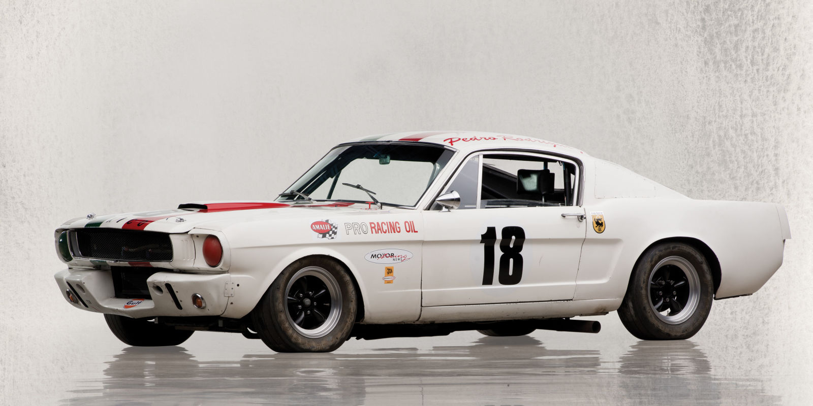 This 1965 Shelby Gt350 R Should Bring In 1m Or More