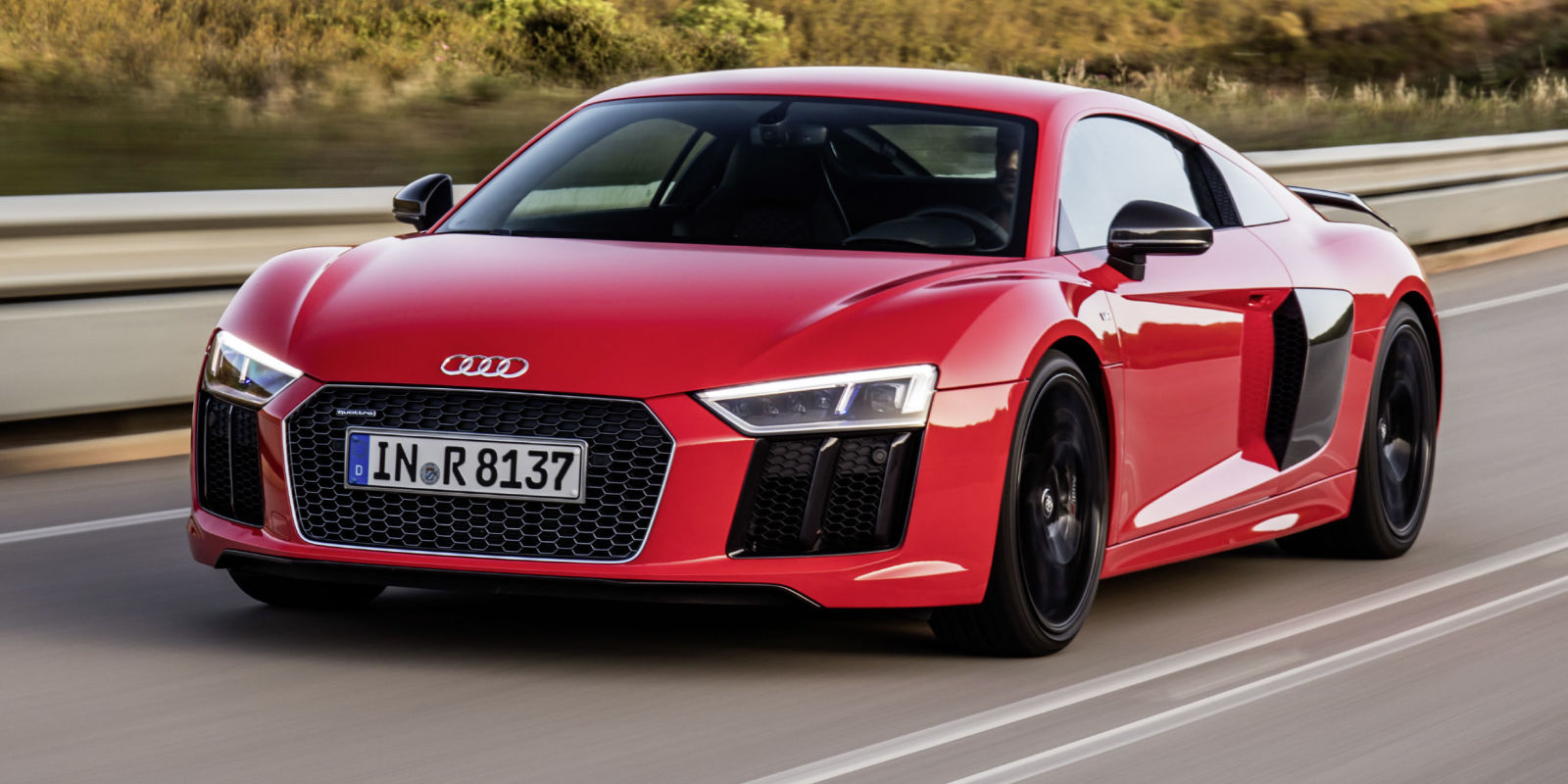 2016 Audi R8 V10 and V10 Plus: First Drive Review