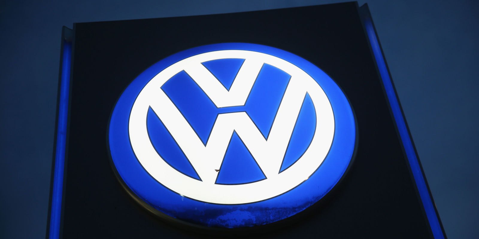 german government will double check vw diesel emissions. Black Bedroom Furniture Sets. Home Design Ideas