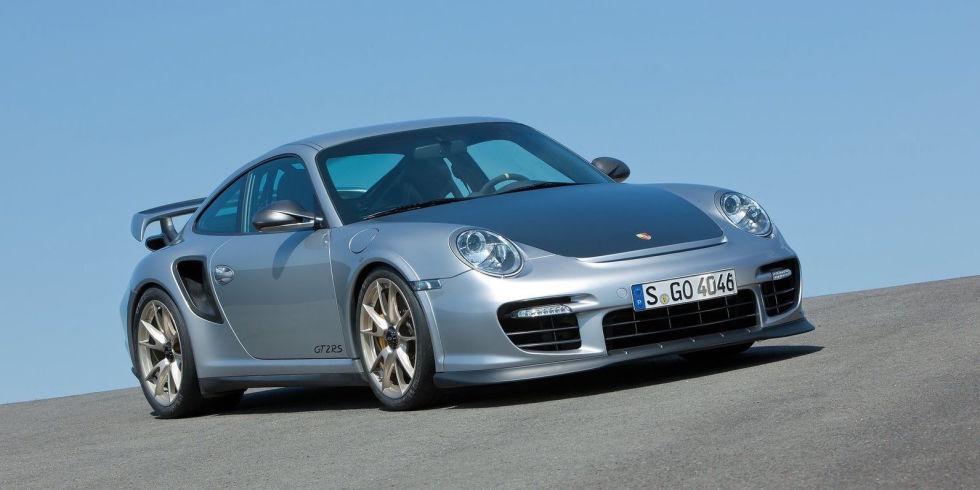 Matt LeBlanc Drives a Porsche 911 GT2 RS, Proves He's One of Us