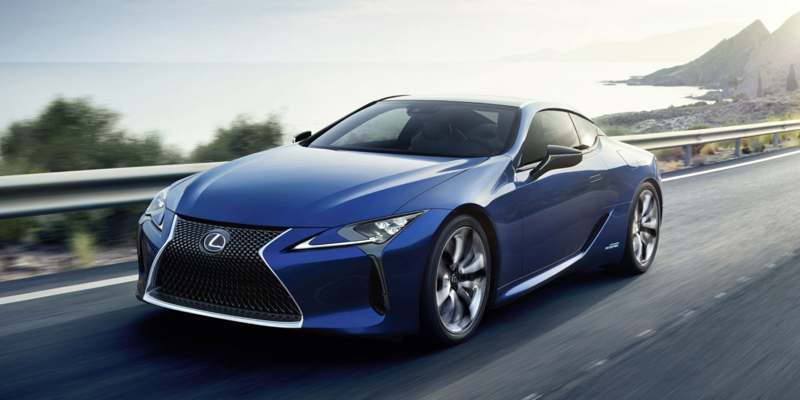 lexus lc500h a rear drive 354 hp hybrid that won 39 t drive like one. Black Bedroom Furniture Sets. Home Design Ideas