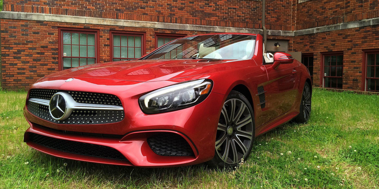 2017 mercedes benz sl450 what a difference the right for Mercedes benz of littleton colorado