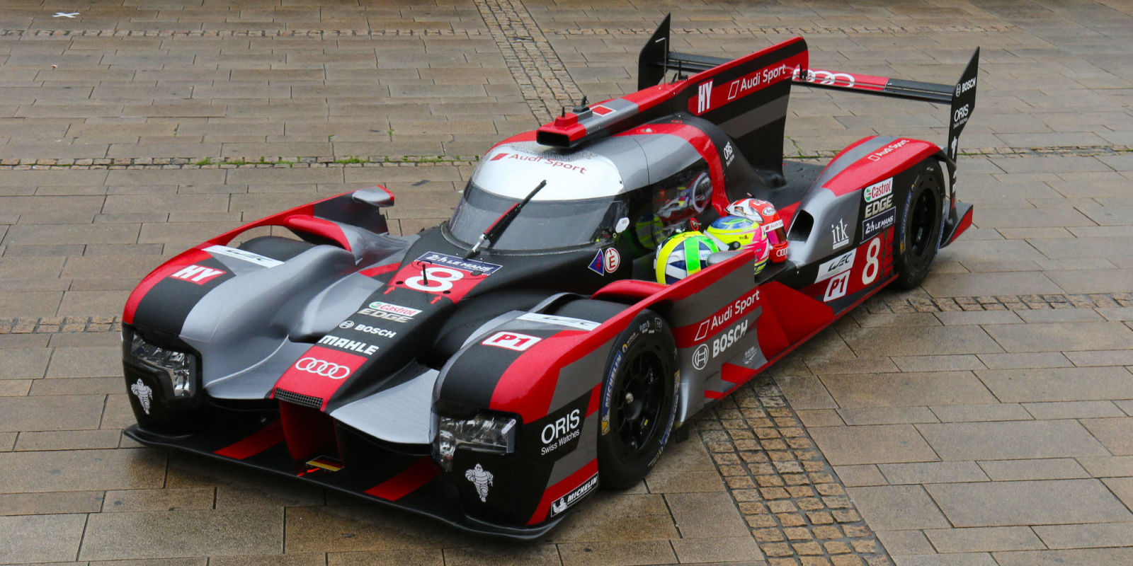 all the ways audi improved the r18 for this year 39 s 24 hours of le mans. Black Bedroom Furniture Sets. Home Design Ideas