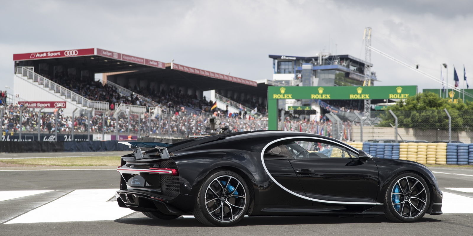 Bugatti chiron top speed fastest car at le mans for Garage automobile le mans