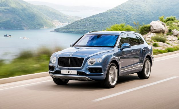 bentley drops the audi sq7 39 s turbo diesel v8 into the bentayga. Black Bedroom Furniture Sets. Home Design Ideas