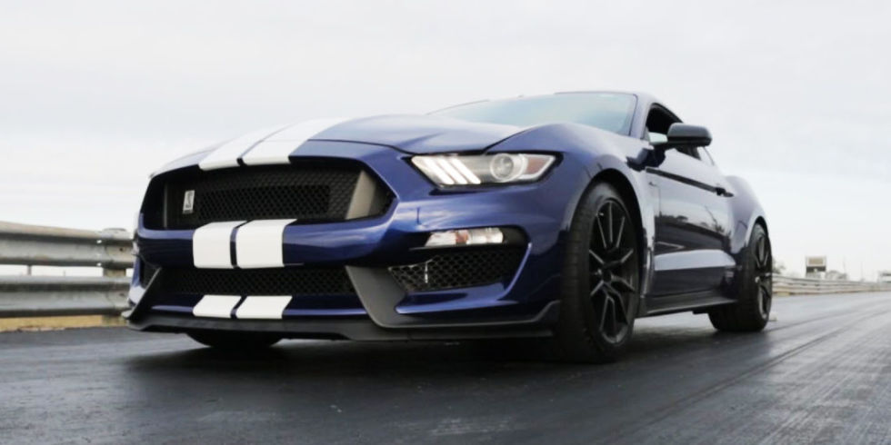 Mustang - Magazine cover