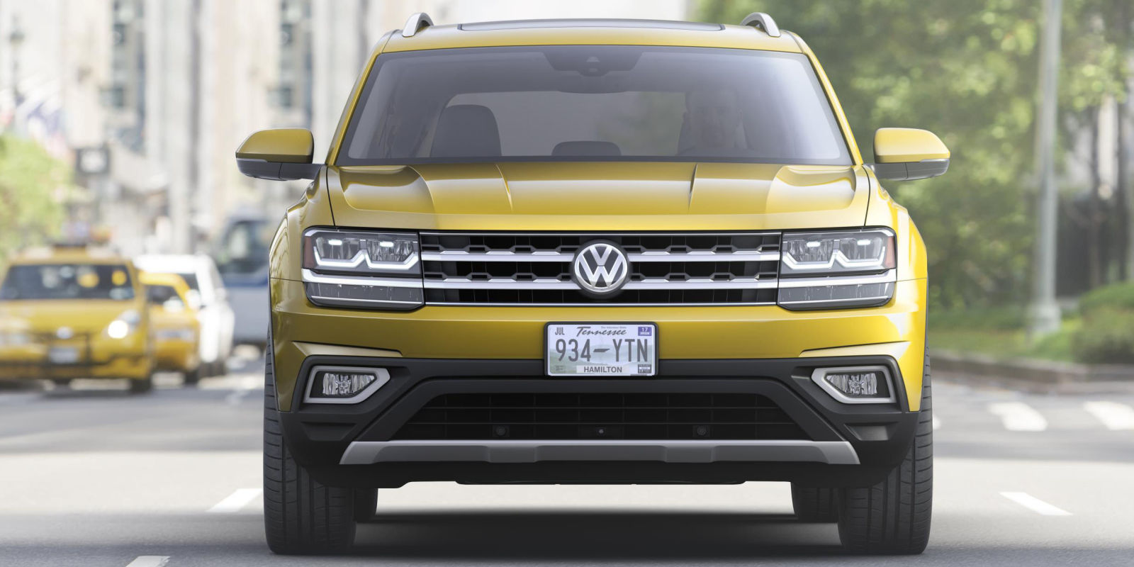 the volkswagen atlas is here to seat seven americans. Black Bedroom Furniture Sets. Home Design Ideas