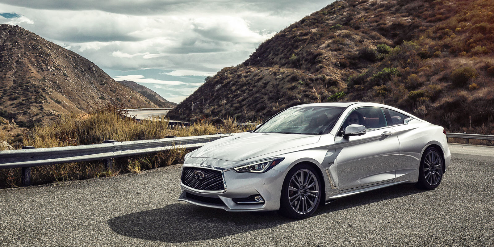 first drive 2017 infiniti q60 red sport 400. Black Bedroom Furniture Sets. Home Design Ideas