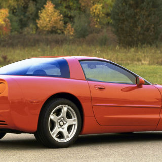 10 shockingly cheap 90s cars affordable dream cars from the 1990s. Black Bedroom Furniture Sets. Home Design Ideas