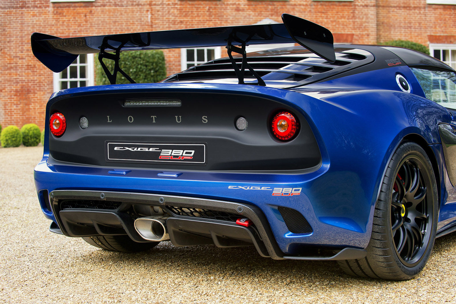 Lotus Exige 380 CUP Gallery-1492704118-exige-cup-380-rear-wheel