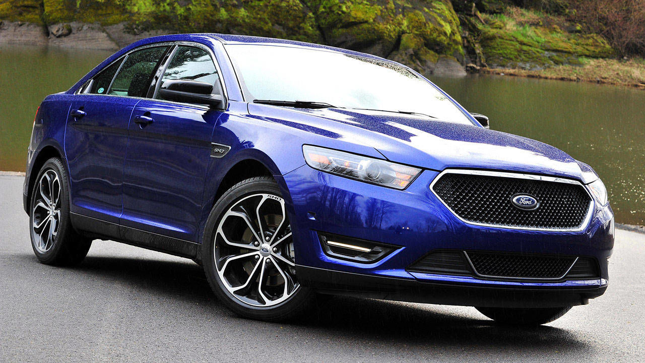 photos 2013 ford taurus sho with performance package. Black Bedroom Furniture Sets. Home Design Ideas