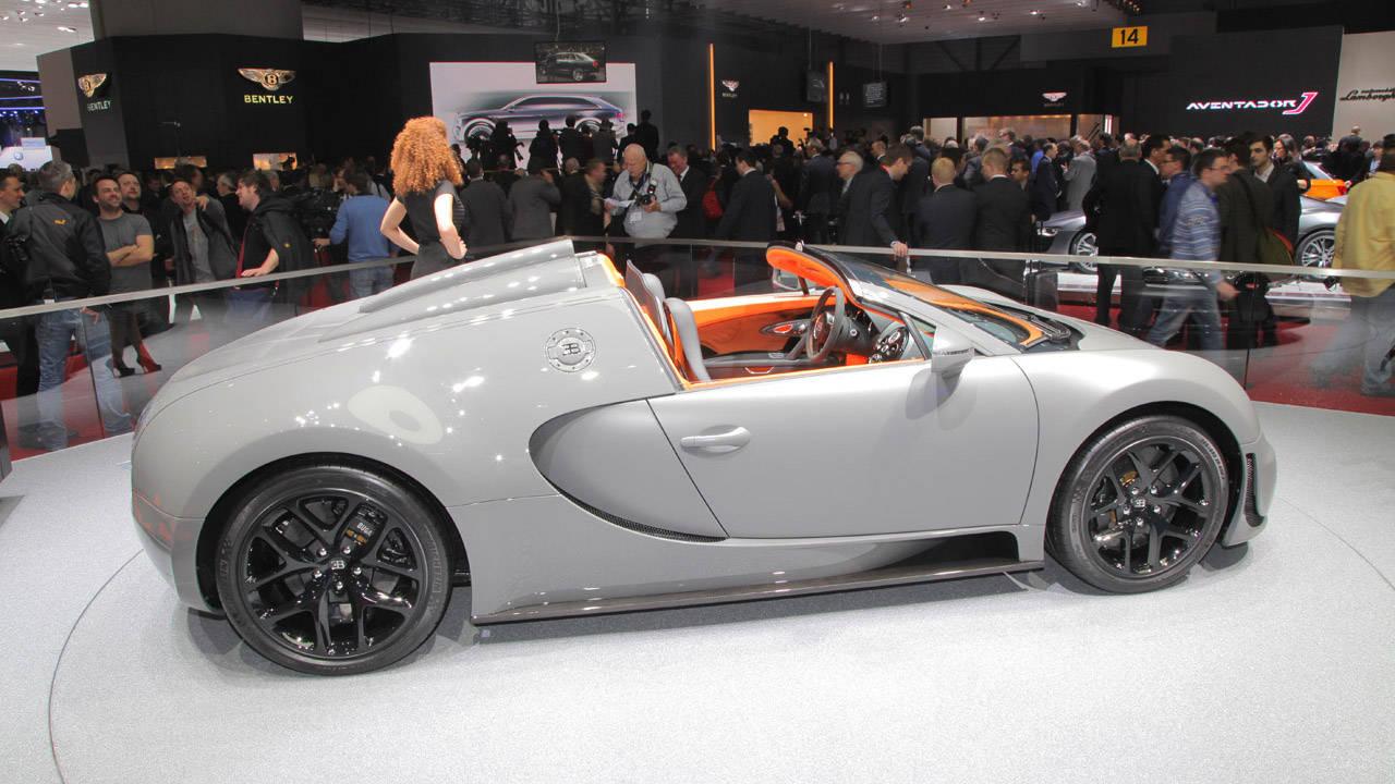 photos 2013 bugatti veyron 16 4 grand sport vitesse. Black Bedroom Furniture Sets. Home Design Ideas