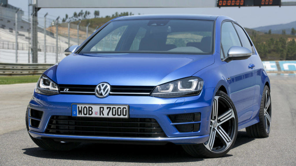 full performance test of the 2015 volkswagen golf r european spec. Black Bedroom Furniture Sets. Home Design Ideas