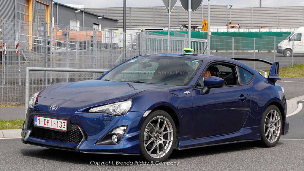 high performance aero kit spotted on the 2013 scion fr s. Black Bedroom Furniture Sets. Home Design Ideas