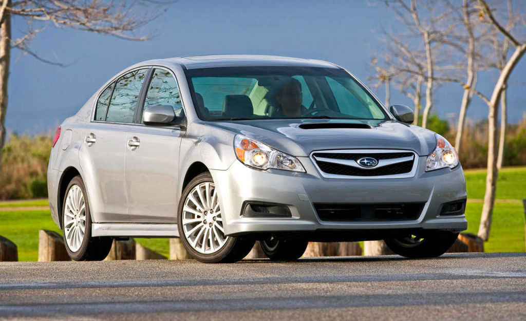 photos 2010 subaru legacy 2 5gt limited. Black Bedroom Furniture Sets. Home Design Ideas