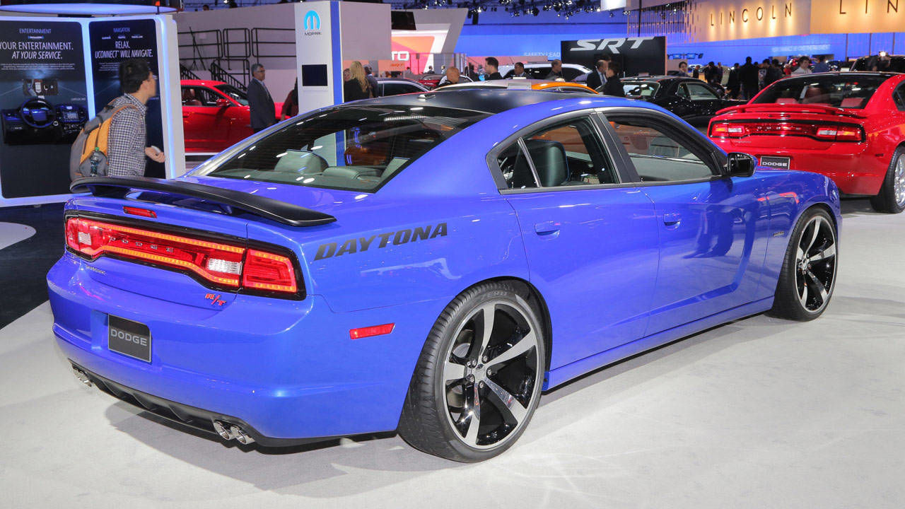 Photos 2013 Dodge Charger Daytona R T