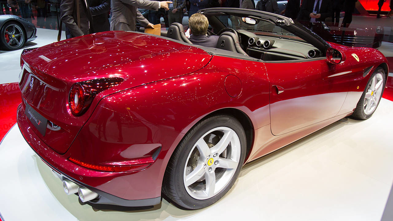 2015 ferrari california 33 - photo #17