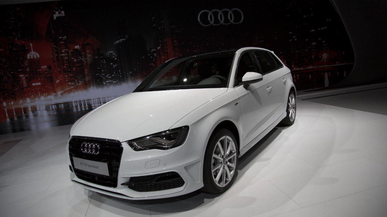 2015 audi a3 sportback at nyias photos. Black Bedroom Furniture Sets. Home Design Ideas