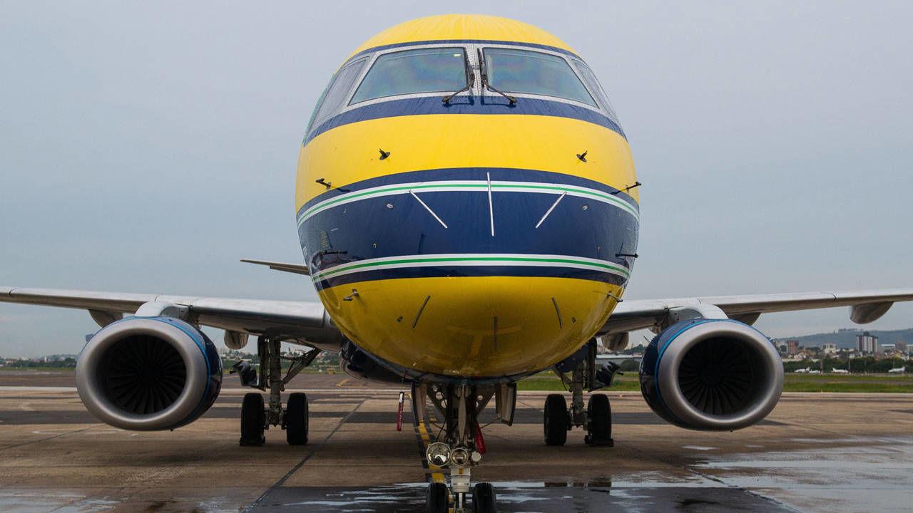 Azul Brazilian Airlines Senna Tribute Plane - Photo Gallery