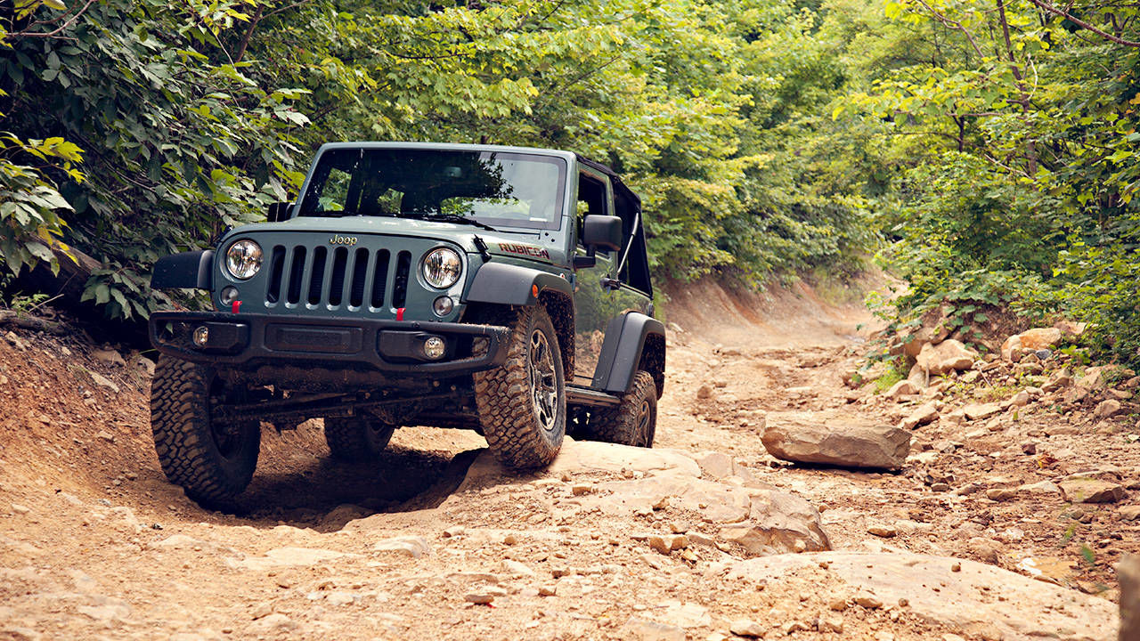 the 2014 jeep wrangler rubicon x is freakishly capable. Black Bedroom Furniture Sets. Home Design Ideas