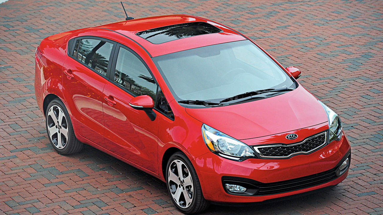 2012 kia rio sedan photos specs price and review. Black Bedroom Furniture Sets. Home Design Ideas