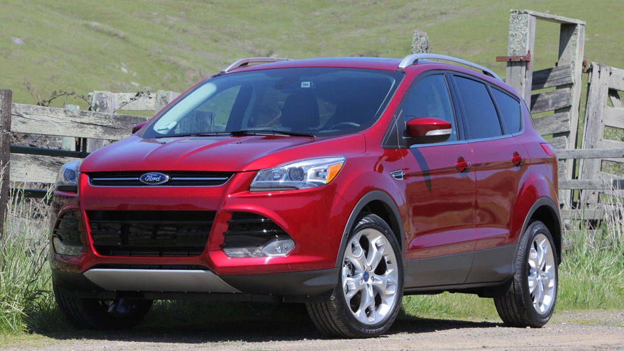 2013 ford escape first drive review price and photos. Black Bedroom Furniture Sets. Home Design Ideas