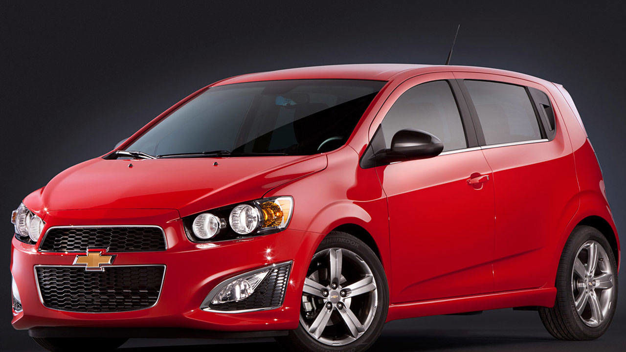 2013 chevrolet sonic rs review photos and specs. Black Bedroom Furniture Sets. Home Design Ideas