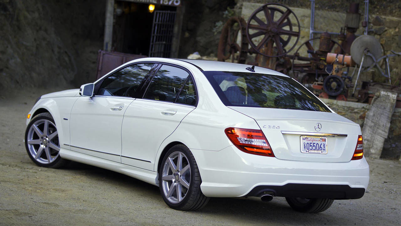 Mercedes c250 coupe amg sport 2015 release date 2017 for Mercedes benz 2012 c250 sport