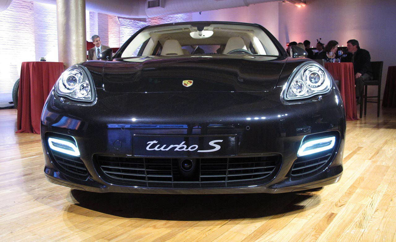 photos 2012 porsche panamera turbo s. Black Bedroom Furniture Sets. Home Design Ideas