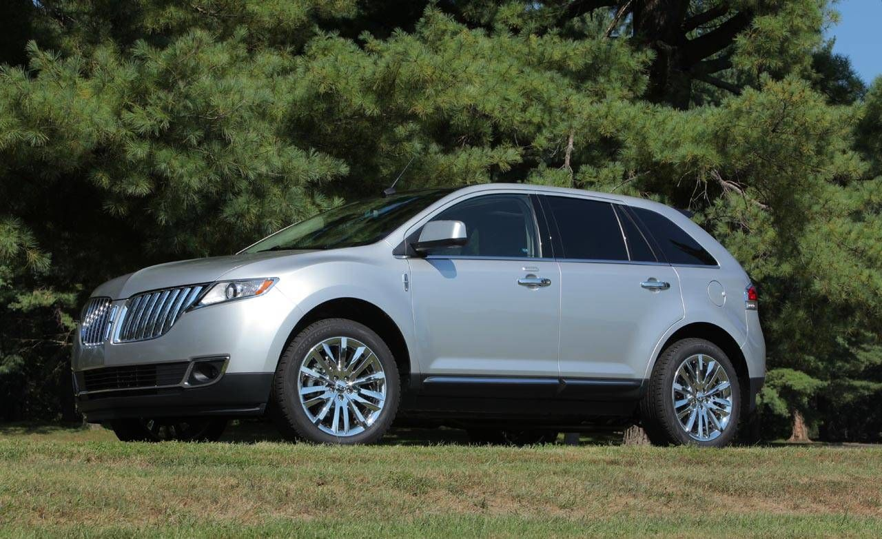 2011 lincoln mkx review ford s luxury marque updates the 2011 lincoln mkx crossover. Black Bedroom Furniture Sets. Home Design Ideas