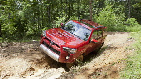 2014 toyota 4runner first drive photos of the new toyota 4runner. Black Bedroom Furniture Sets. Home Design Ideas