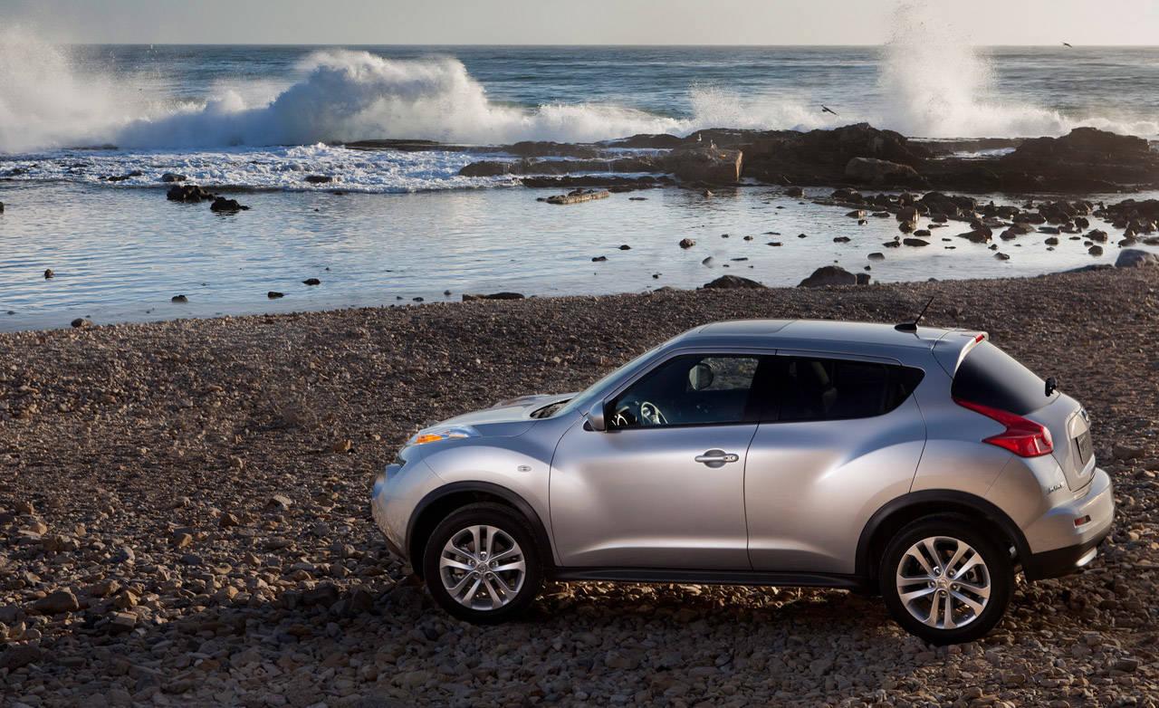 Photos: 2011 Nissan Juke