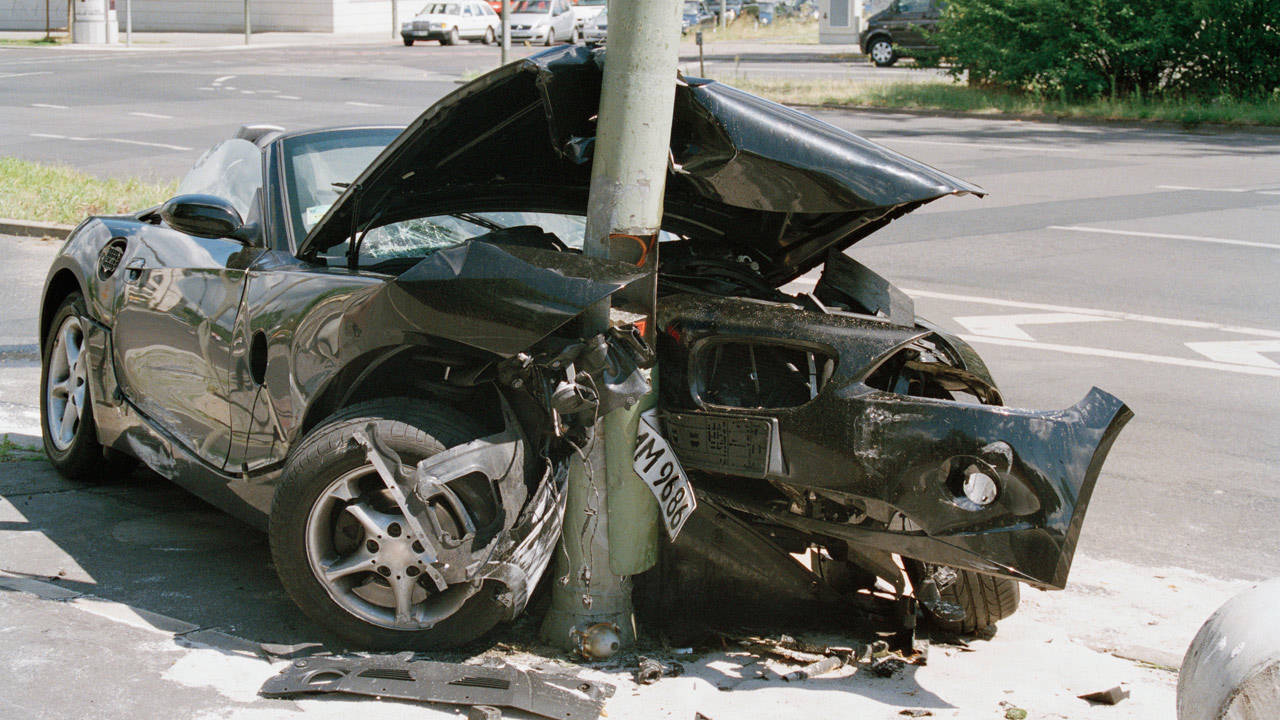 anatomy of a car crash what happens when cars leave the road