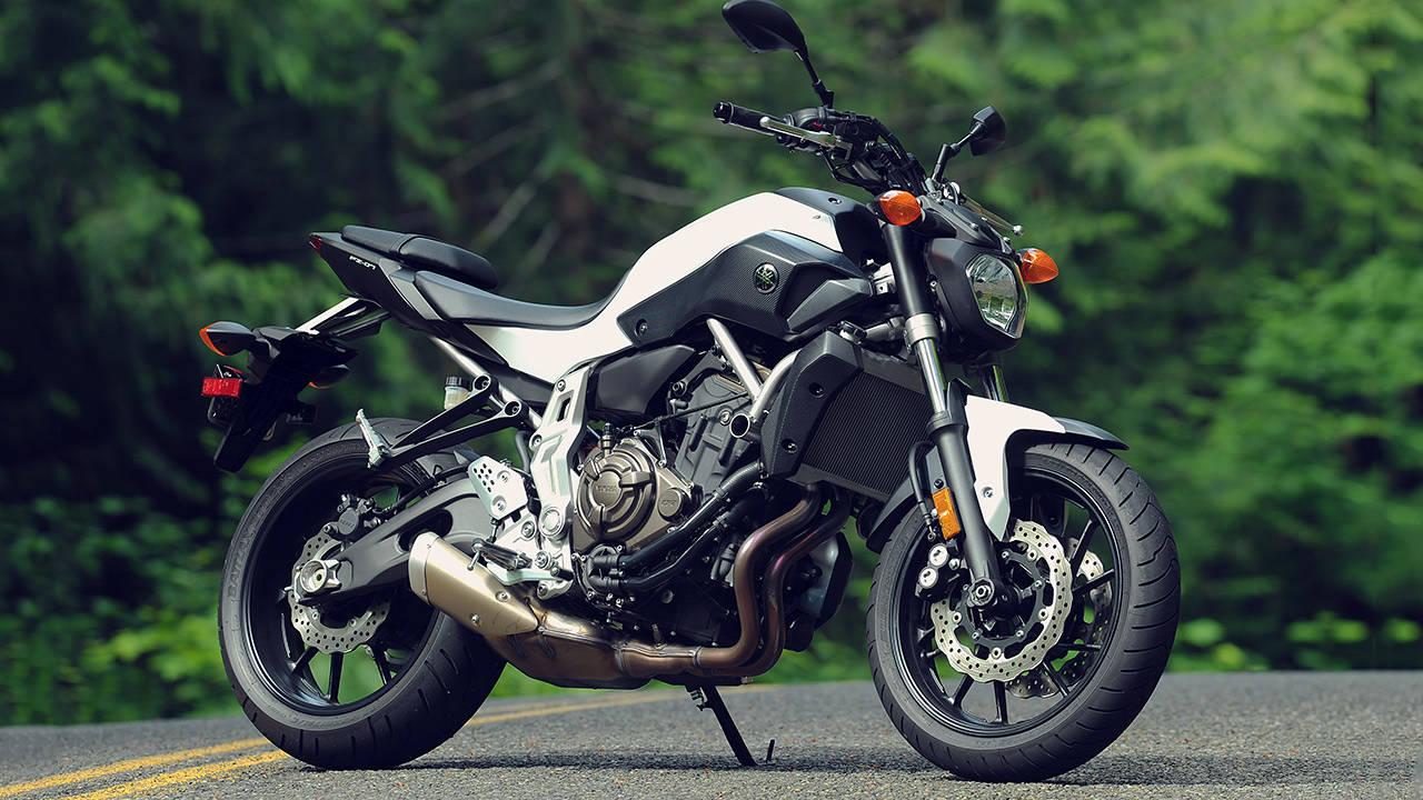 Photos 2015 yamaha fz 07 first ride image gallery for Yamaha fz 07 horsepower