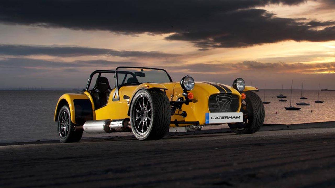 it 39 s not every day america gets 2 new caterham sevens. Black Bedroom Furniture Sets. Home Design Ideas