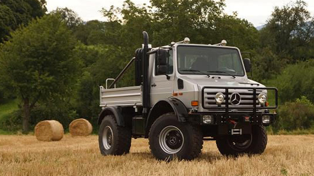 Arnold Schwarzenegger S Custom Mercedes Benz Unimog For Sale