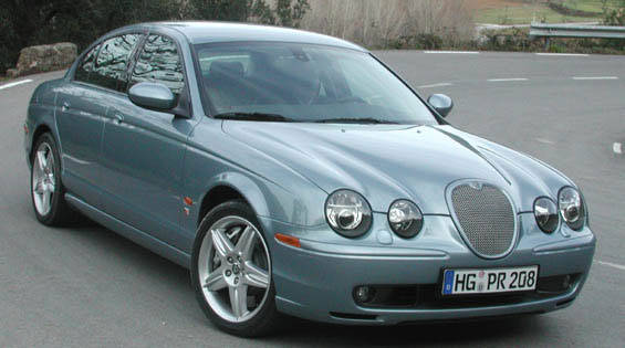 2003 jaguar s type r first drive full review of the new. Black Bedroom Furniture Sets. Home Design Ideas