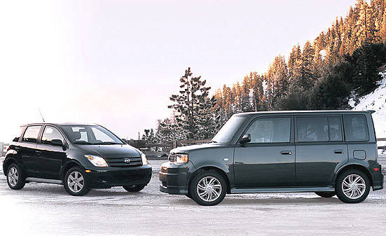 2004 scion xa xb first drive full review of the new. Black Bedroom Furniture Sets. Home Design Ideas