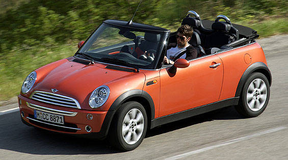 view the latest first drive review of the 2005 mini cooper convertible find pictures and. Black Bedroom Furniture Sets. Home Design Ideas
