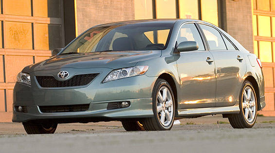 view the latest first drive review of the 2007 toyota camry find pictures and comprehensive. Black Bedroom Furniture Sets. Home Design Ideas