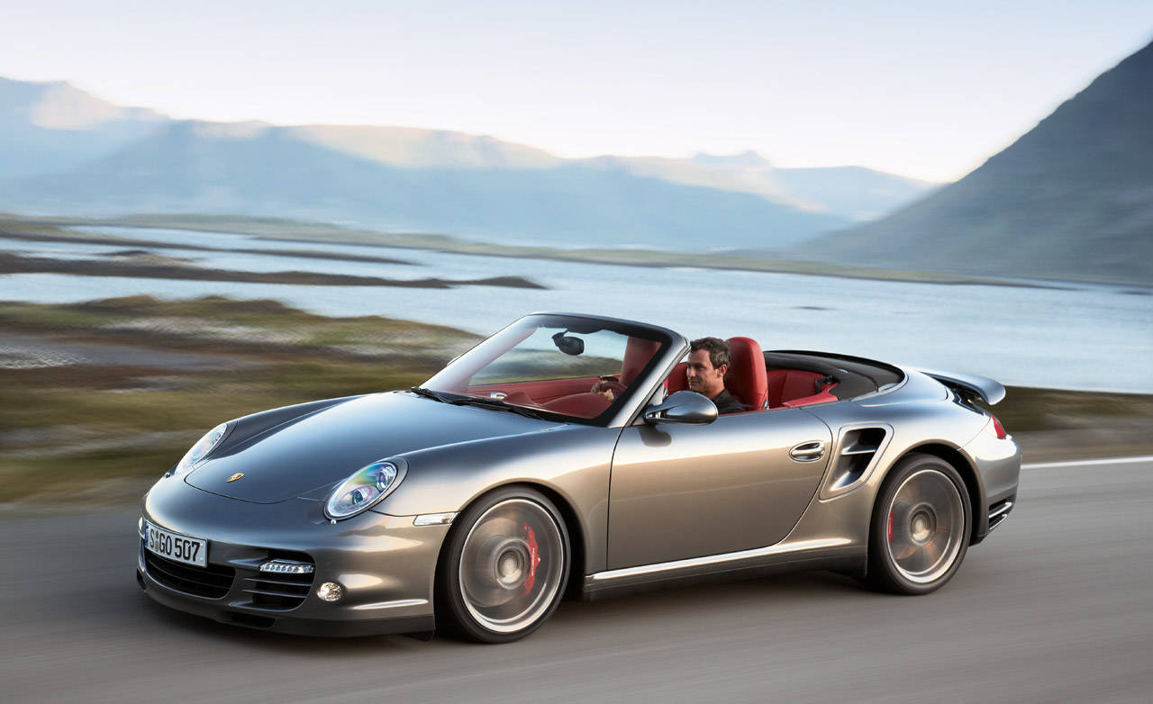 review of the new 2010 porsche 911 turbo full new car details. Black Bedroom Furniture Sets. Home Design Ideas