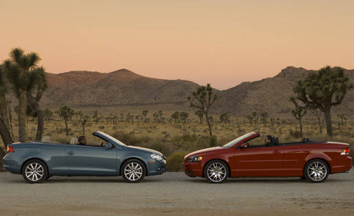 Video: 2007 Volkswagen Eos 2.0 T vs. 2006 Volvo C70
