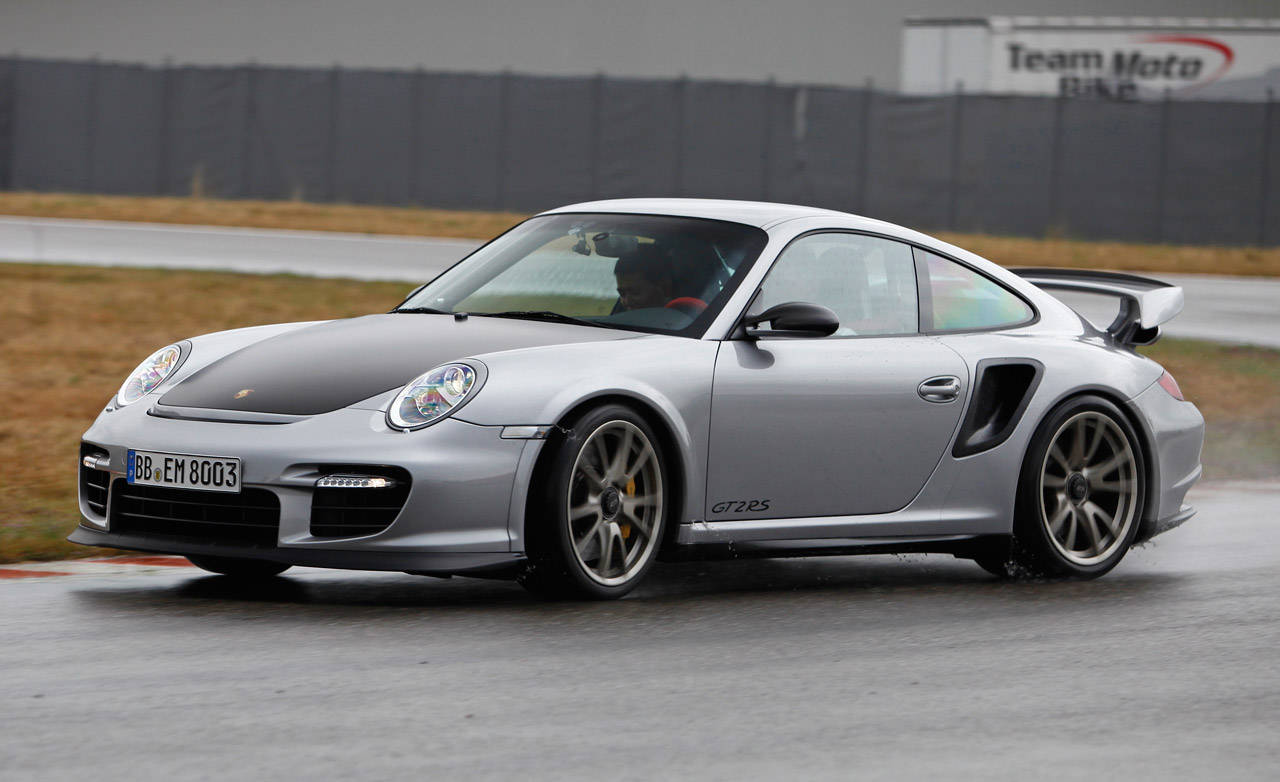 2011 porsche 911 gt2 rs review of the new 2011 porsche. Black Bedroom Furniture Sets. Home Design Ideas