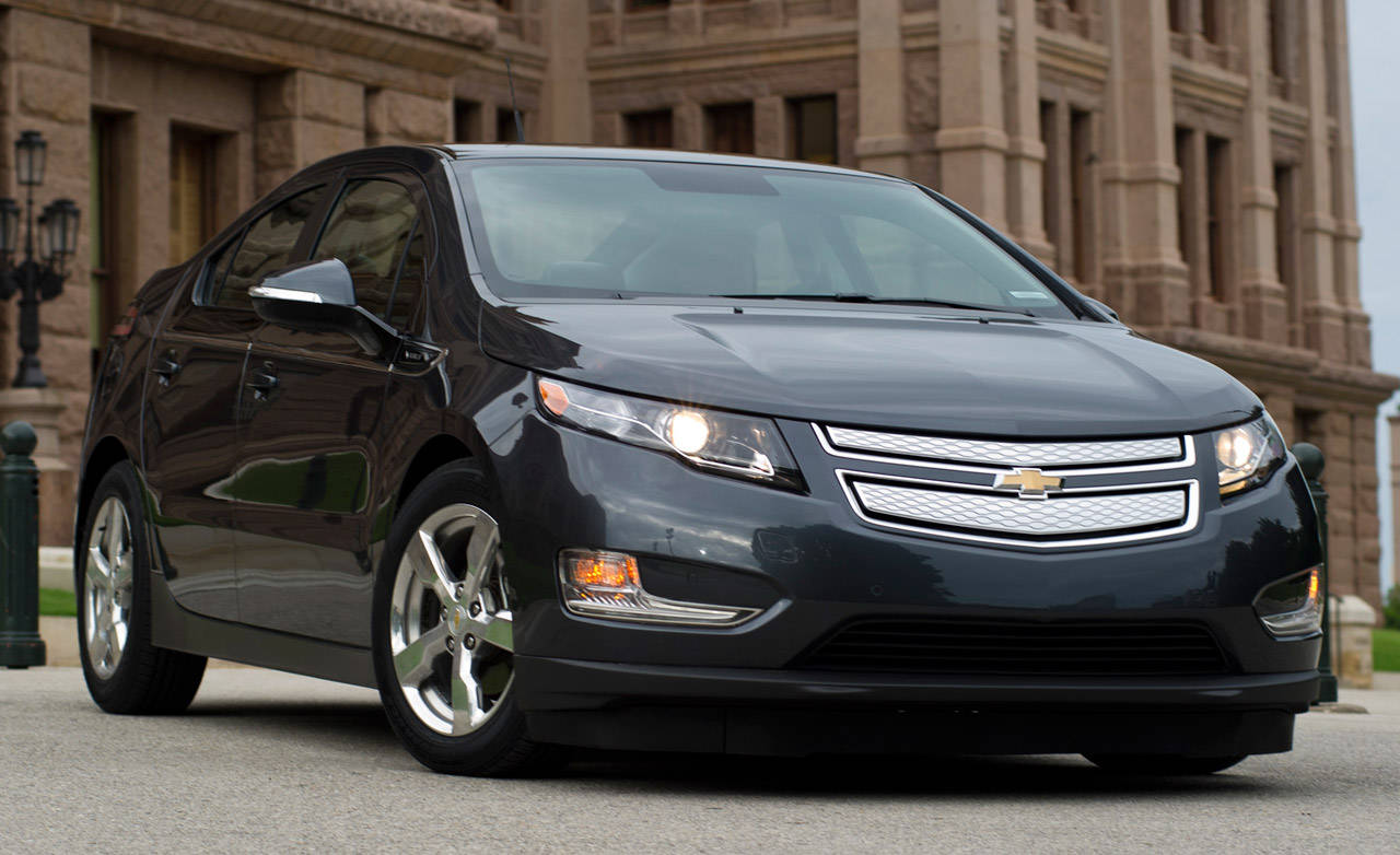 chevrolet volt electric first to cost 41k. Black Bedroom Furniture Sets. Home Design Ideas