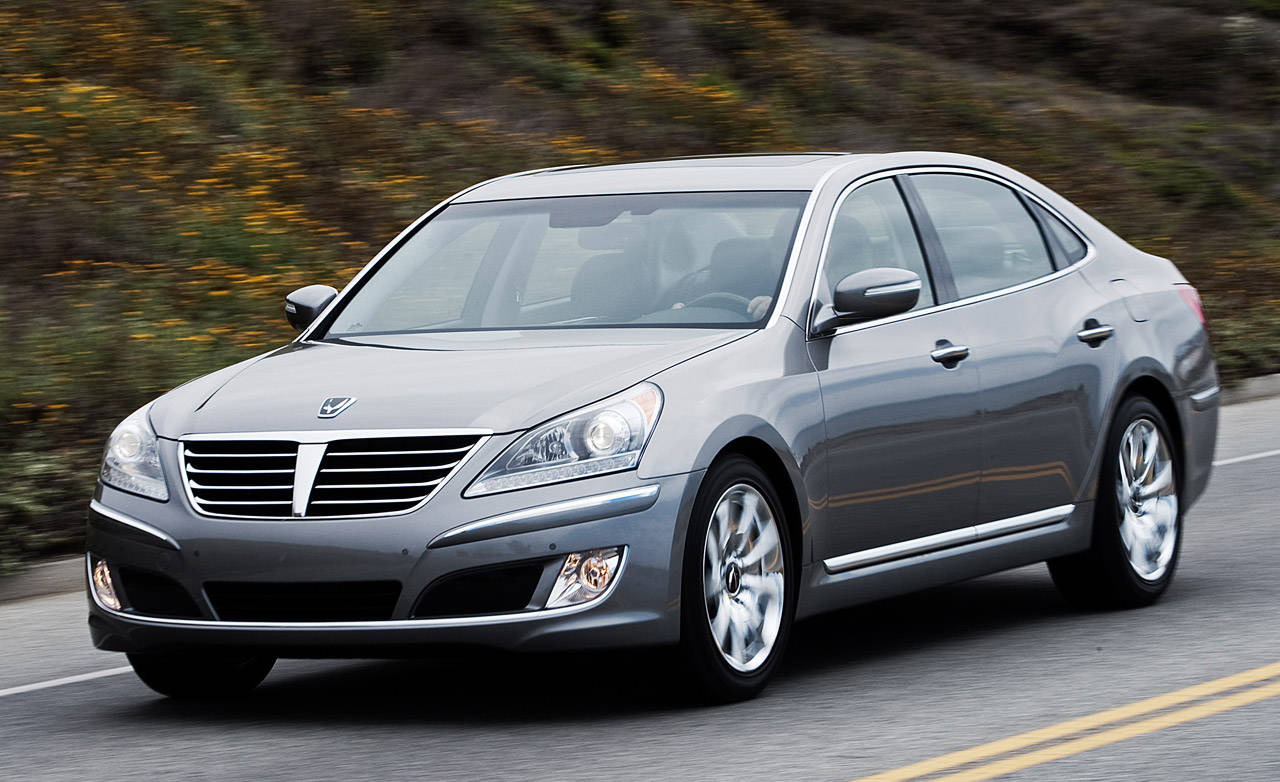 2011 hyundai equus expert review new luxury sedan from. Black Bedroom Furniture Sets. Home Design Ideas